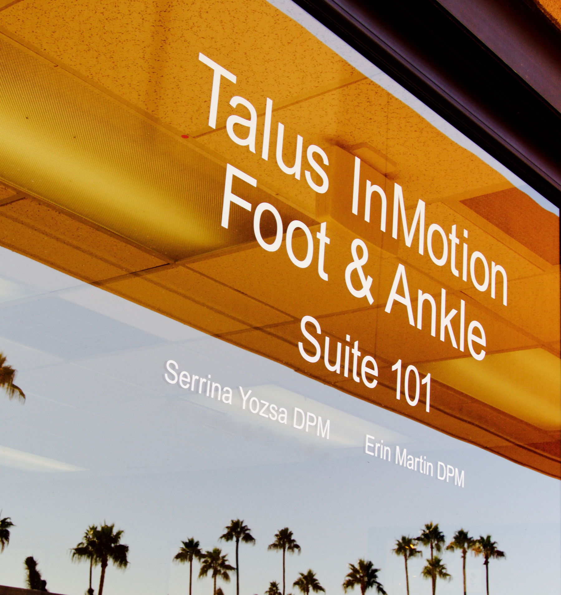 Talus inMotion Foot and Ankle | Podiatrists | Scottsdale | Phoenix | Arizona | Exterior | Exterior Door Signage.jpg