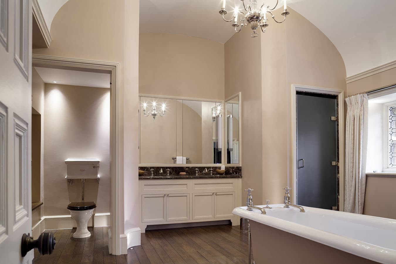 Guest-Bathroom-0002-1350x900.jpg