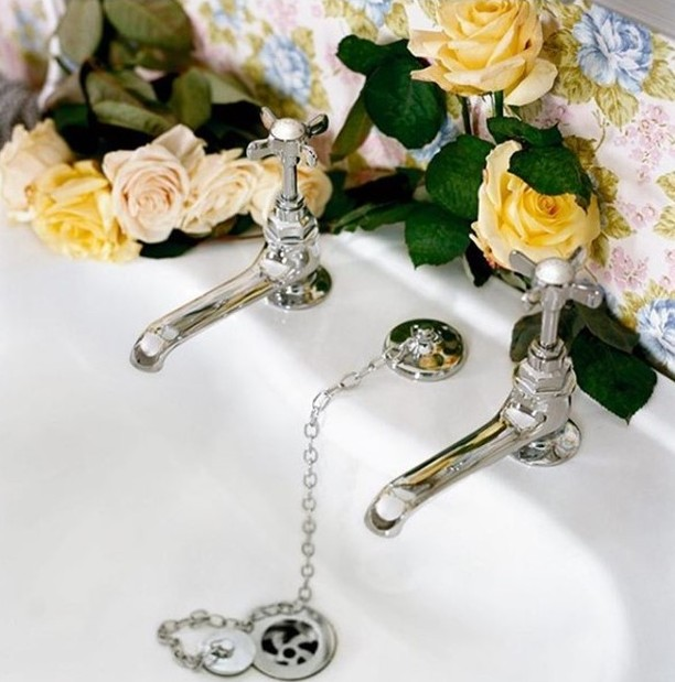 czech & speake traditional hot and cold lav taps with porcelain cross top handles in polished chrome - the ultimate guide to luxury plumbing by the delight of design