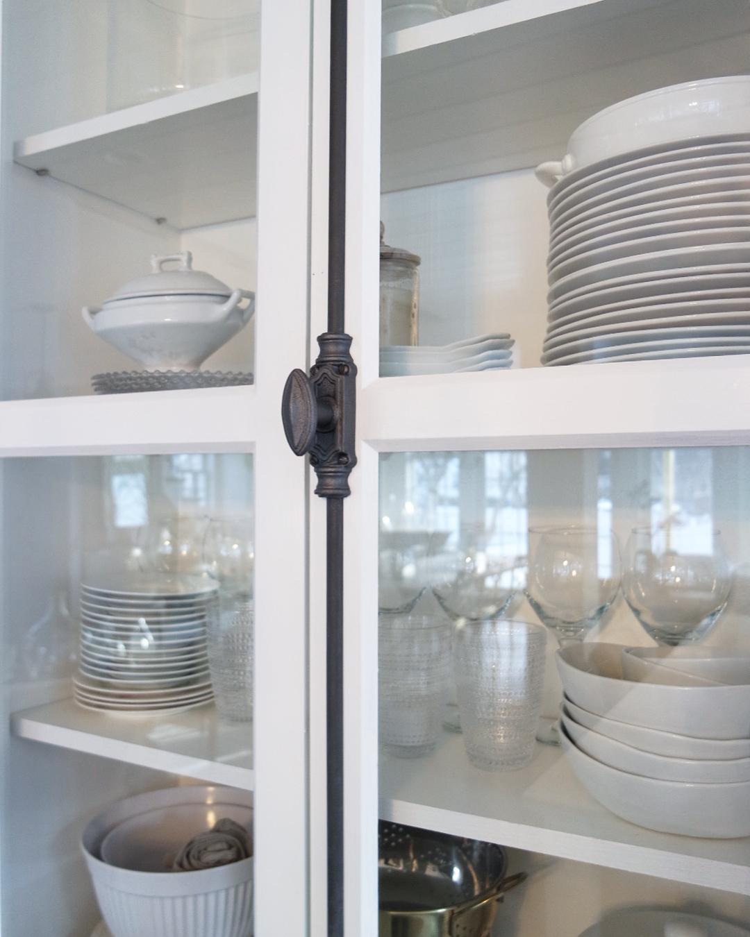 cremone bolt white shaker cabinet