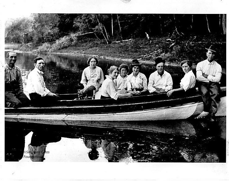 Sunday Boating On Prior Lake
