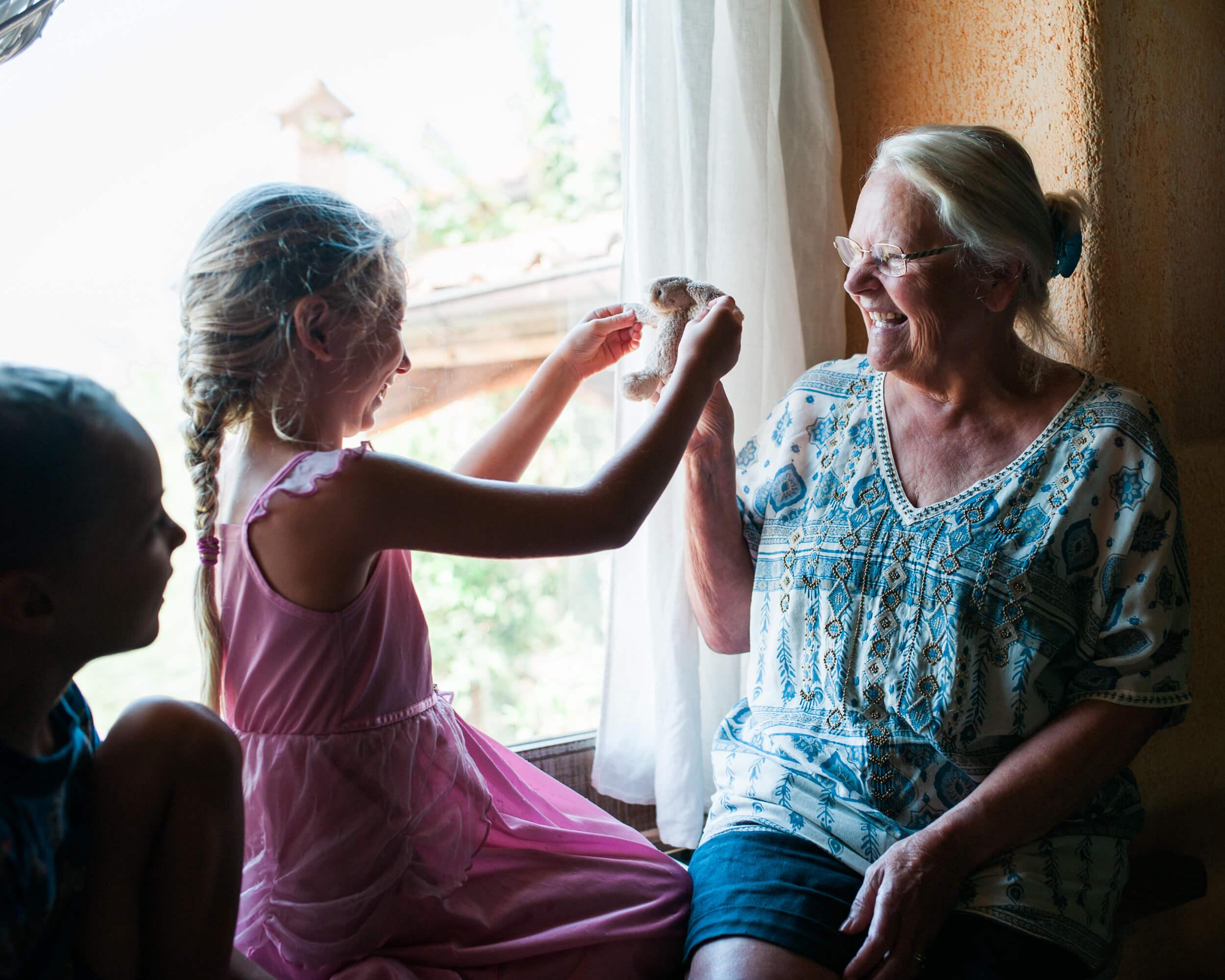 testimonials-family-christina-UK-by-lindsey-victoria-photography-7186