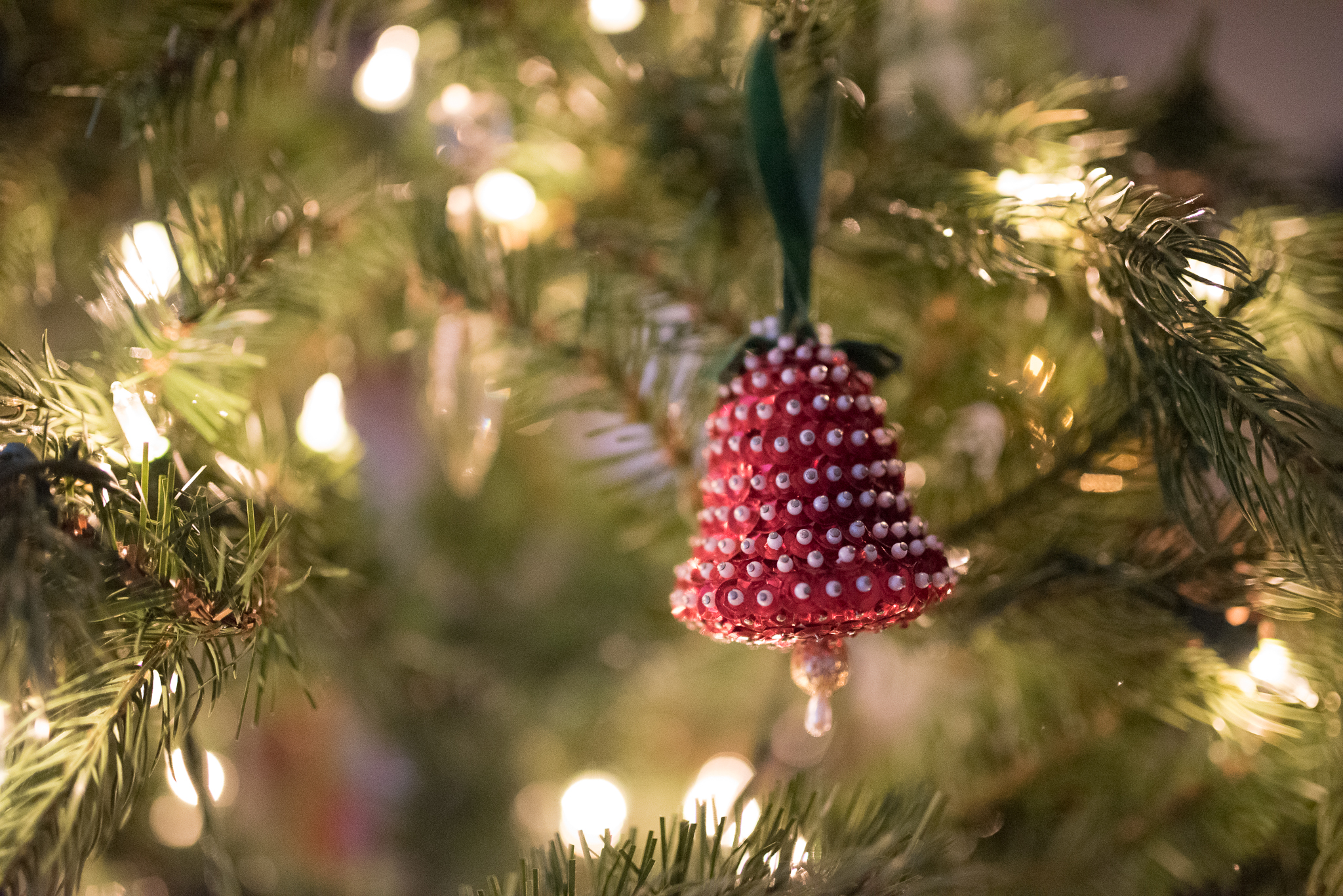 Lindsey Victoria Photography holiday traditions handmade ornaments family lifestyle photographer Litchfield County, CT Brooklyn New York City