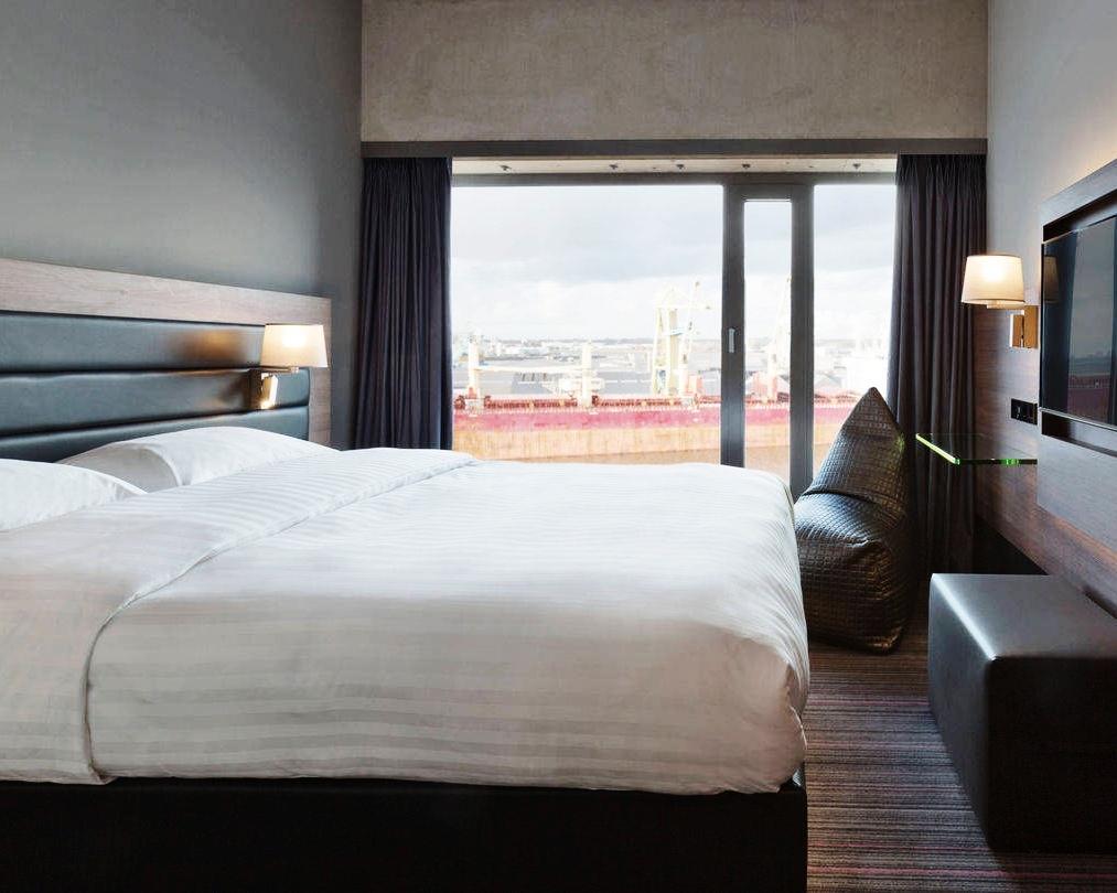 amsox-guestroom-0009-hor-wide.jpg