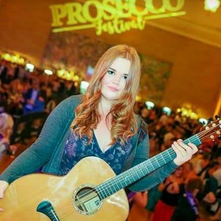 Sarah Passmore - Acoustic