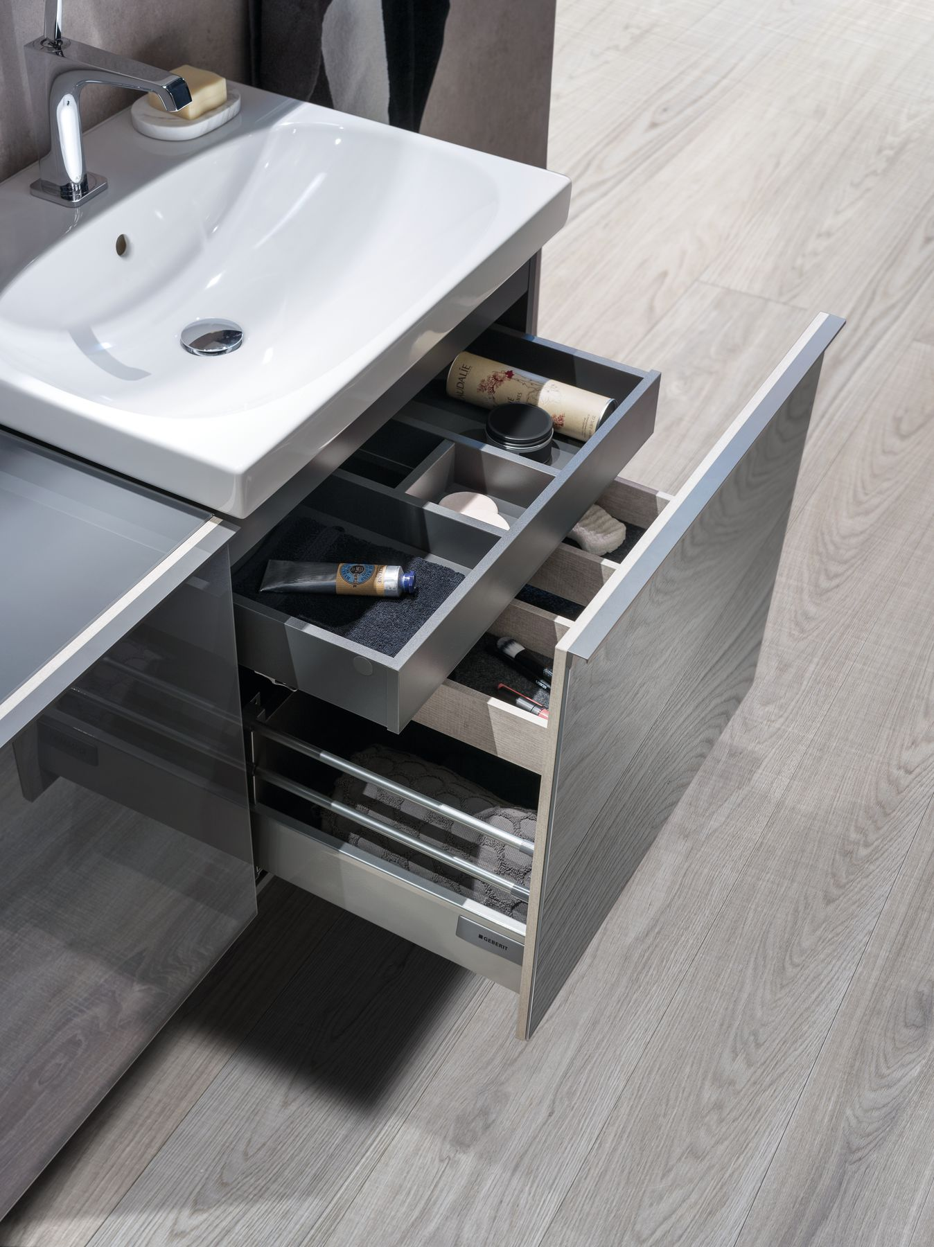 2017 Acanto D washbasin and open drawer.tif_bigview.jpg