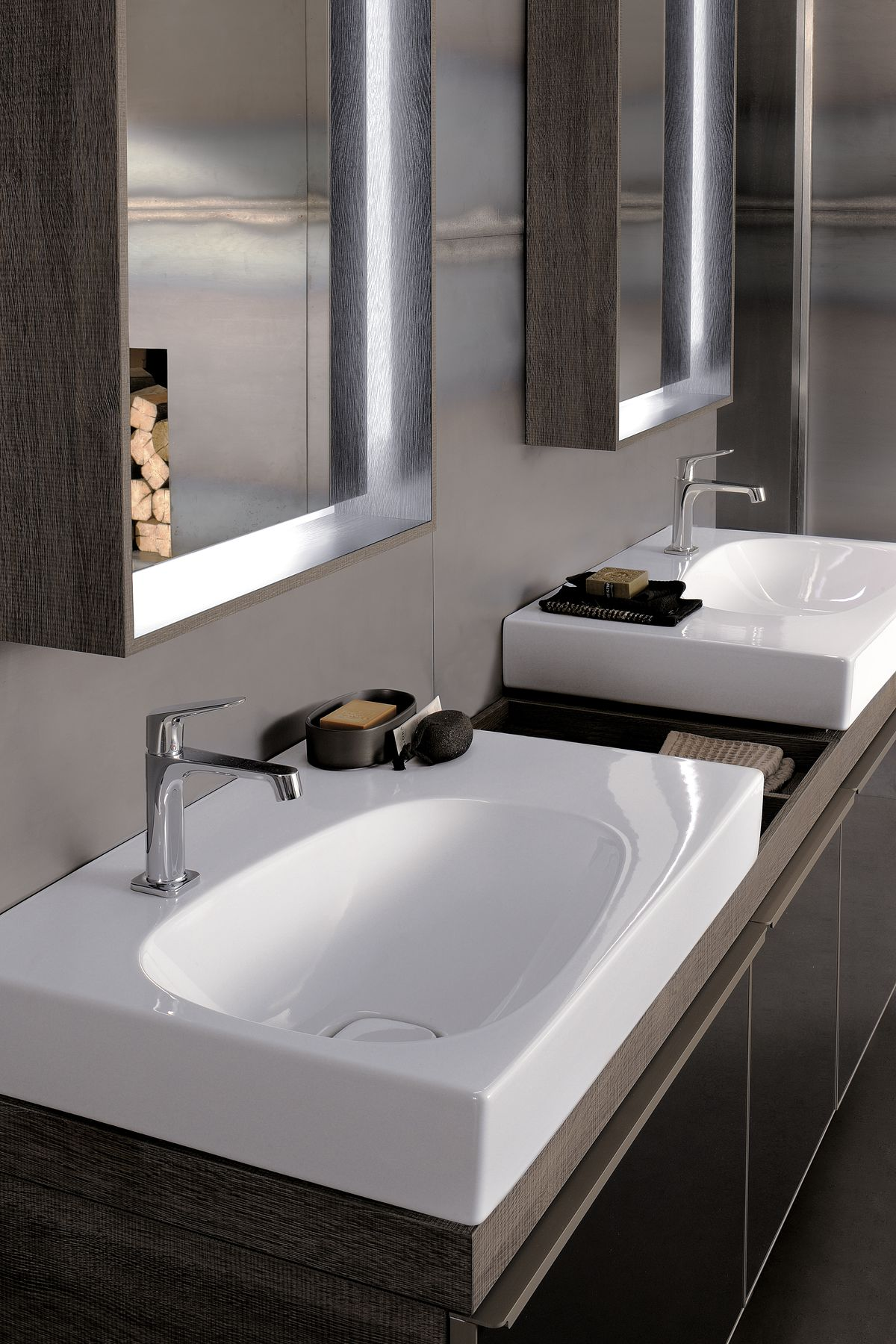 2016 Bathroom 03 Citterio.tif_bigview.jpg