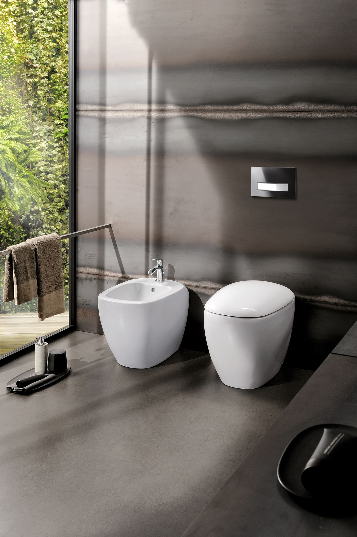 2016 Bathroom 11 Citterio.tif_bigview.jpg