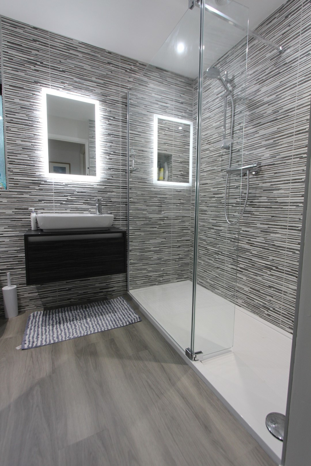 Roderick Bathroom (2).jpeg