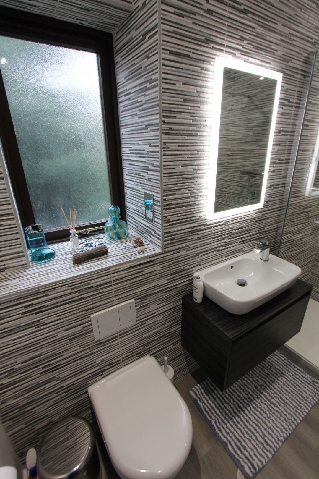 Roderick Bathroom (7).jpeg