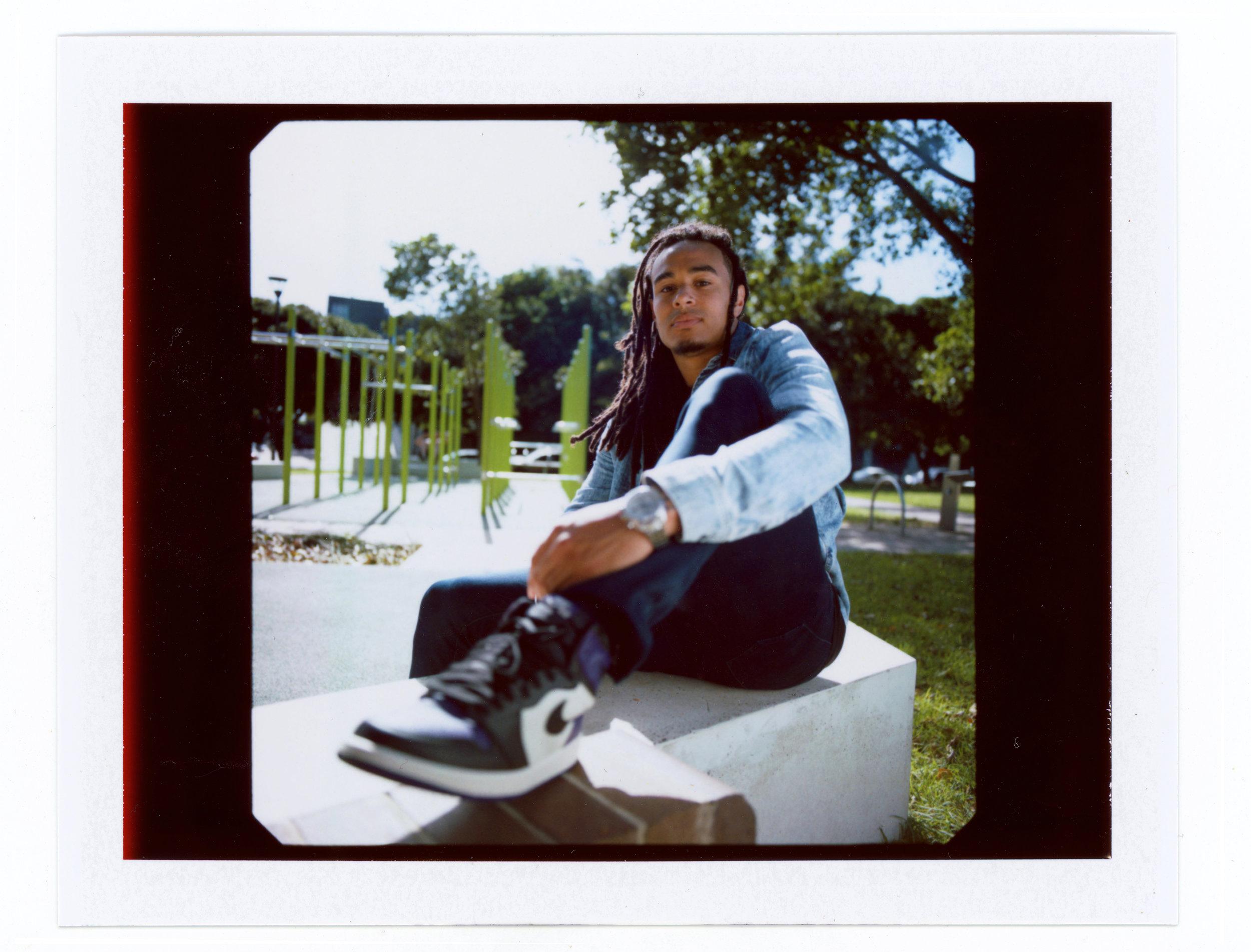 Polaroid_2019_003.jpg