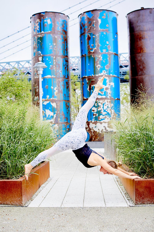 WT92018__291-yoga-3.3x5-300dpi.jpg