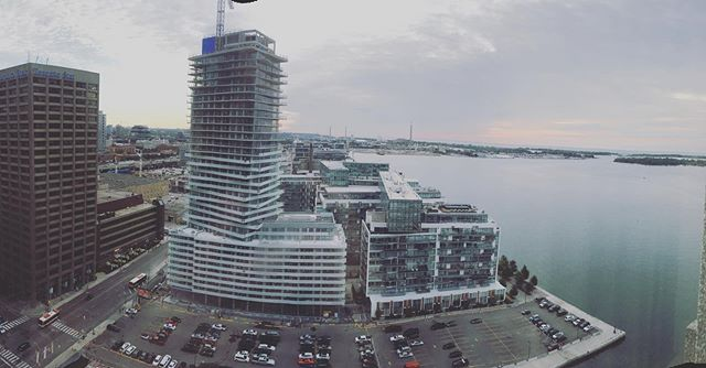 👋🏻 from Toronto!