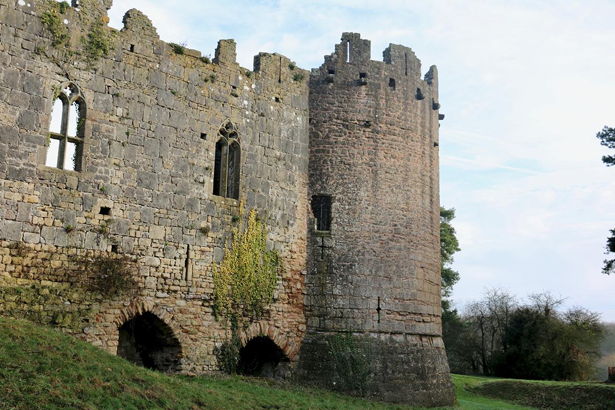 caldicot castle.jpg
