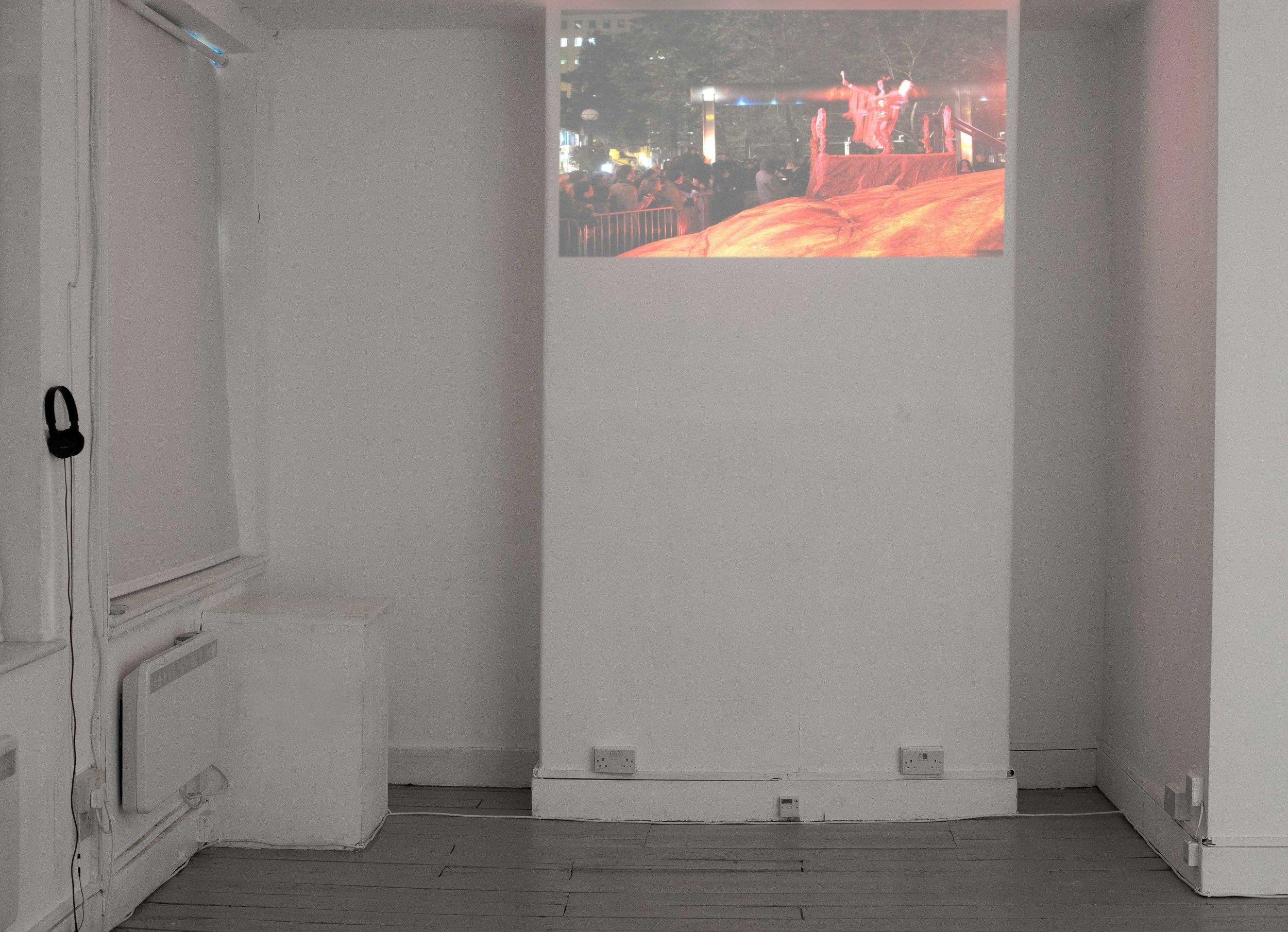 Kent Monkman, Iskootāo 2010, video, Kent Monkman in collaboration with Gisèle Gordon. Courtesy the artists and Vtape. Photo Katarzyna Perlak