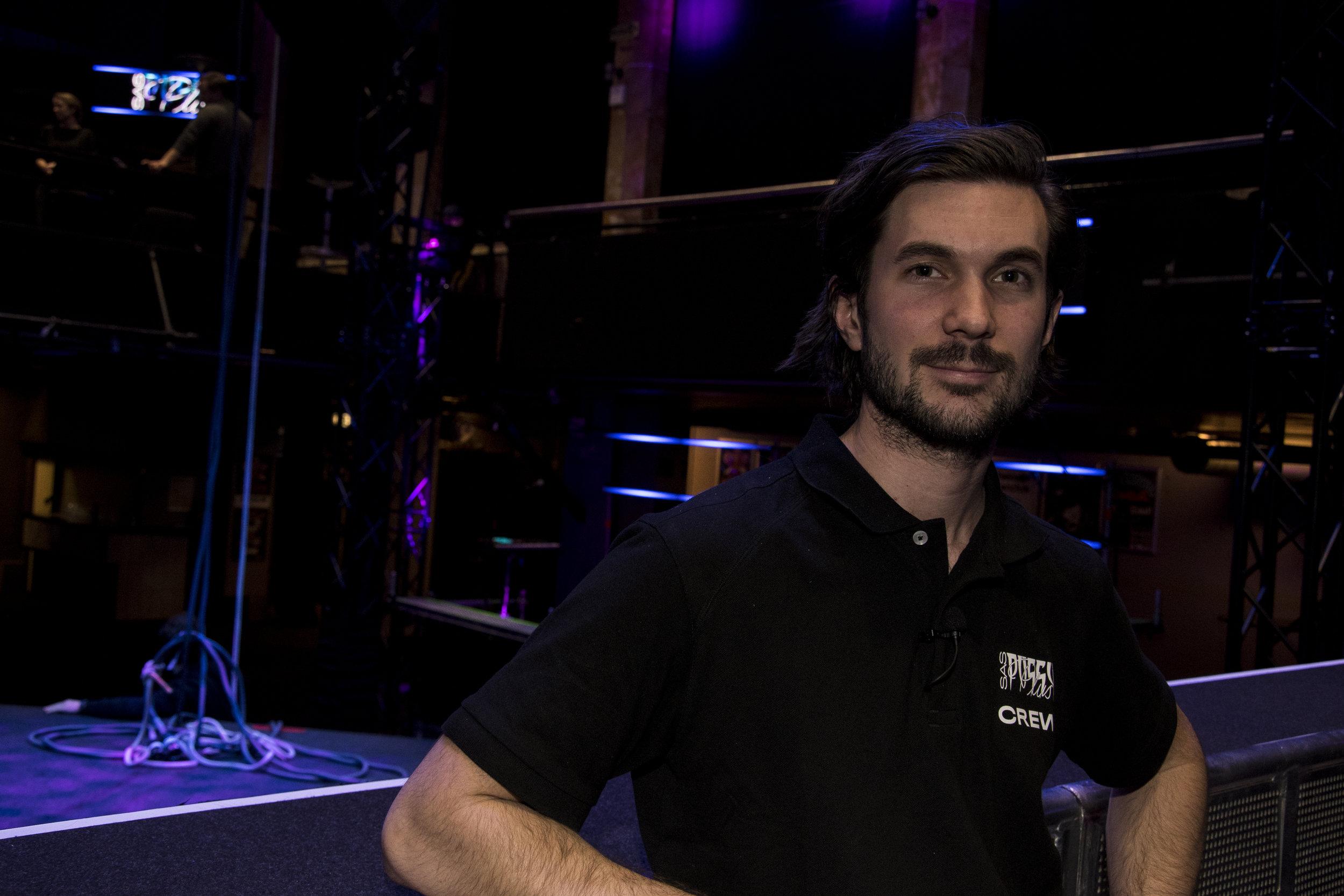 Lars Morten Larsen er lysdesigner og teknisk ansvarlig for Karpes turne