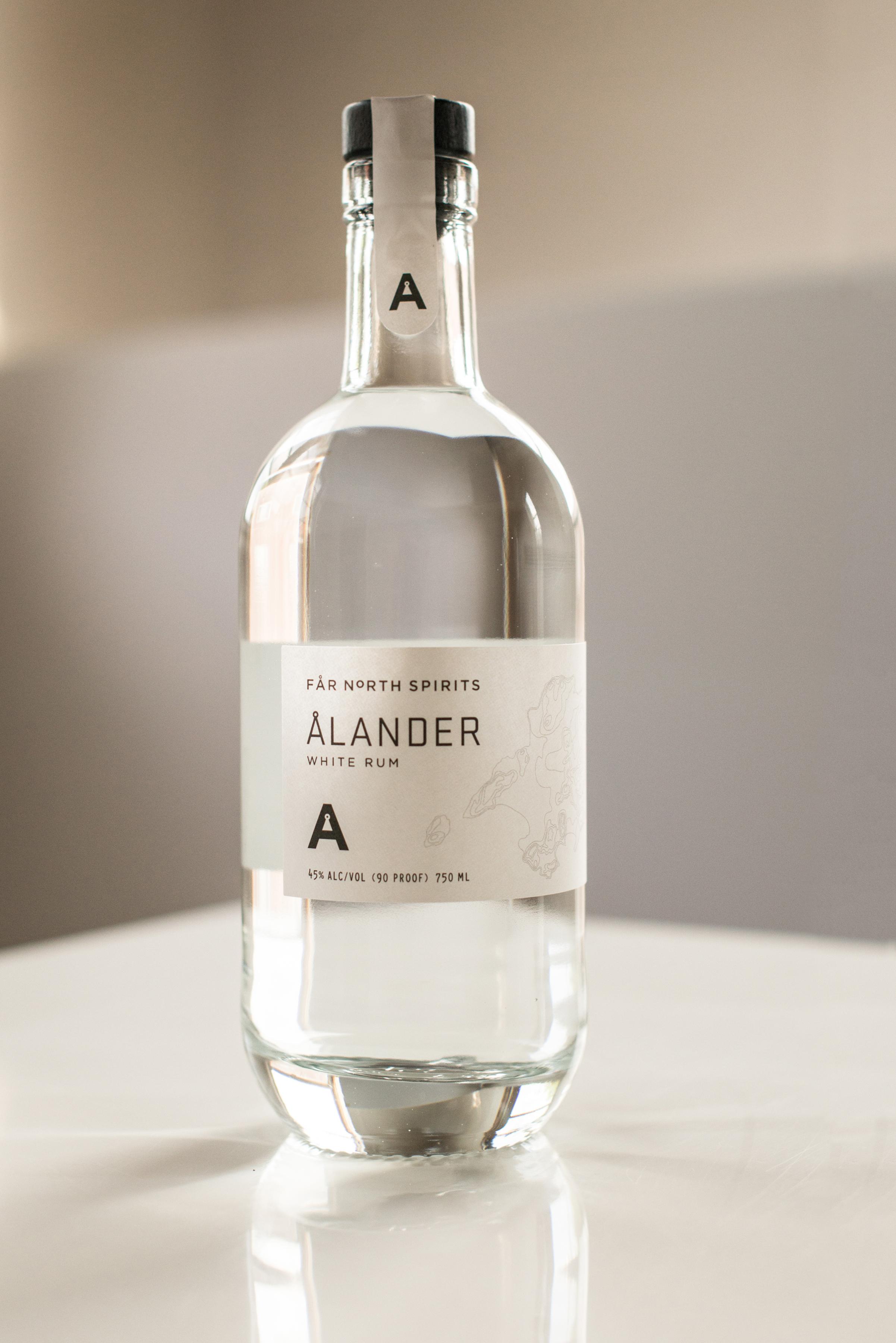 ALANDER_WHITE.jpg