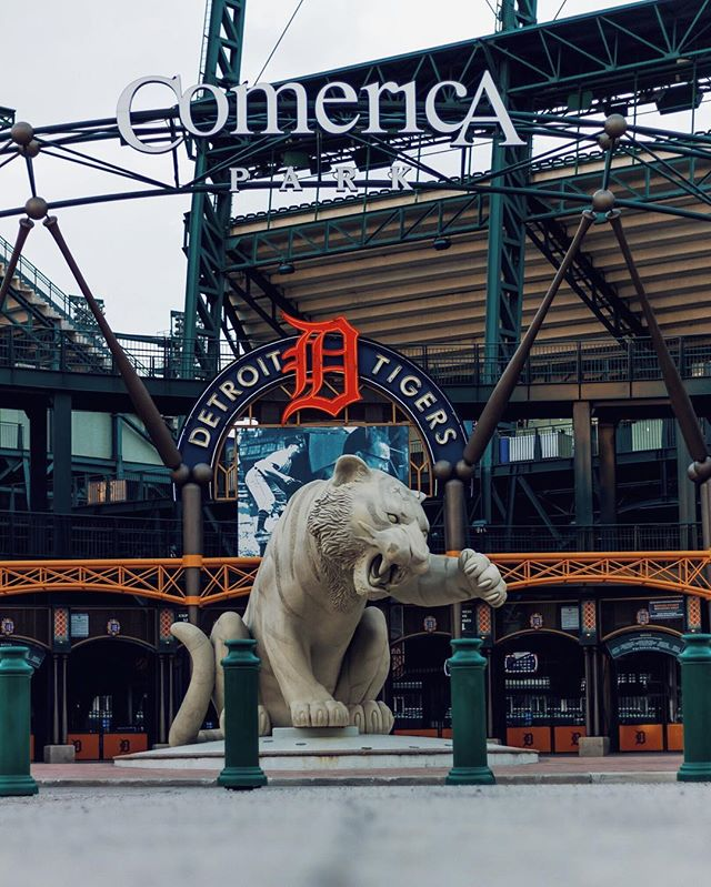 Every year, Ernie Harwell used to read this quotation from the Song of Solomon on Opening Day: ⠀⠀⠀⠀⠀⠀⠀⠀⠀ For, lo, the winter is past, The rain is over and gone; The flowers appear on the earth; The time of the singing of birds is come, And the voice of the turtle is heard in our land. ⠀⠀⠀⠀⠀⠀⠀⠀⠀ #GoTigers 🔶⚾️🔷⚾️🔶⚾️🔷 . . . . . #dssentials #detroitproud #candiddetroit #detroitusa #openingday #detroitliveshere #detroitphotography #actuallydetroit #seenindetroit #downtowndetroit #hellodetroit #detroitmi #wearedetroit #detroit #detroitmichigan #rawdetroit #detroitskyline #hellyeahdetroit #motorcity #onlyindetroit #scenefromdetroit #asdetroitsown #embracedetroit #detroitblogger #detroitgrammers #puredetroit #baseball #mlb #detroittigers