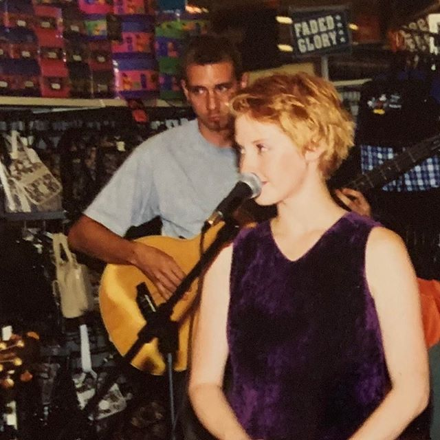 #tbt @oscarthegrinch and I at a Texas Walmart circa 1999❤️🥳. #sixpencenonethericher photo by @masongphotography