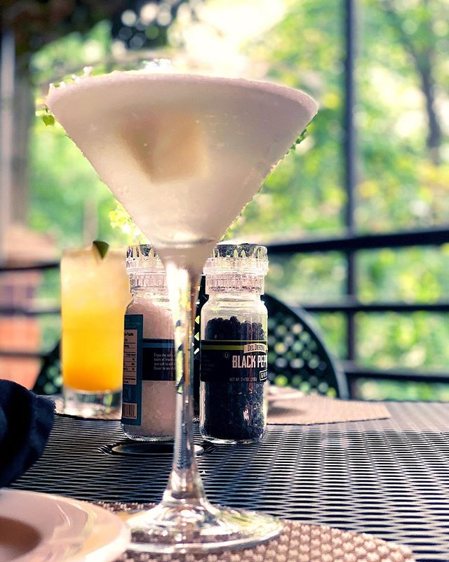 Come cool off here on the deck at the Desmond Hotel and have one of our refreshing Pineapple Infusions, Mango Moscow Mules, or White Sangrias with eco-friendly straws. Live those summer vibes to the fullest! 🍸🍹🍷☀️😎 #decklife #summertime #creatememories #relaxandunwind
