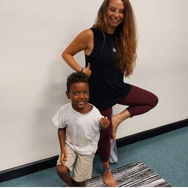 :: laughing at yourself :: Sometimes you smile so hard that you look like a dinosaur 🦖 and that's okay. 🙃 How cute is this little guy though? 🌳#treepose   I am excited to continue to teach Family Yoga at the Blackwell Library in West Philly to help spread awareness of Domestic & Intimate Partner Violence with @hazaelhaven. Check their page for date and time updates!