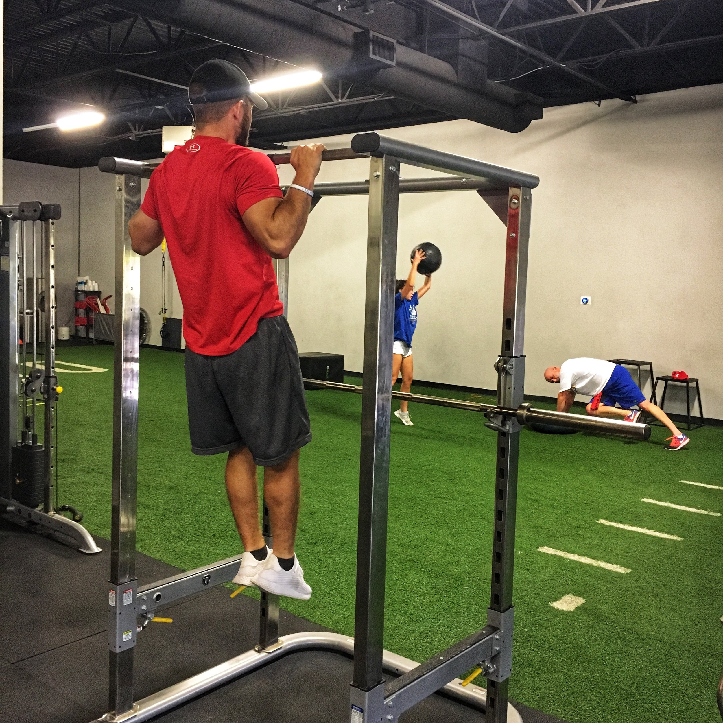 Did you know everyone can perform a pull up? Do you think I am crazy? I promise I am not! Come into Live Fit and let one of our certified personal trainers find a modification that works best for you!