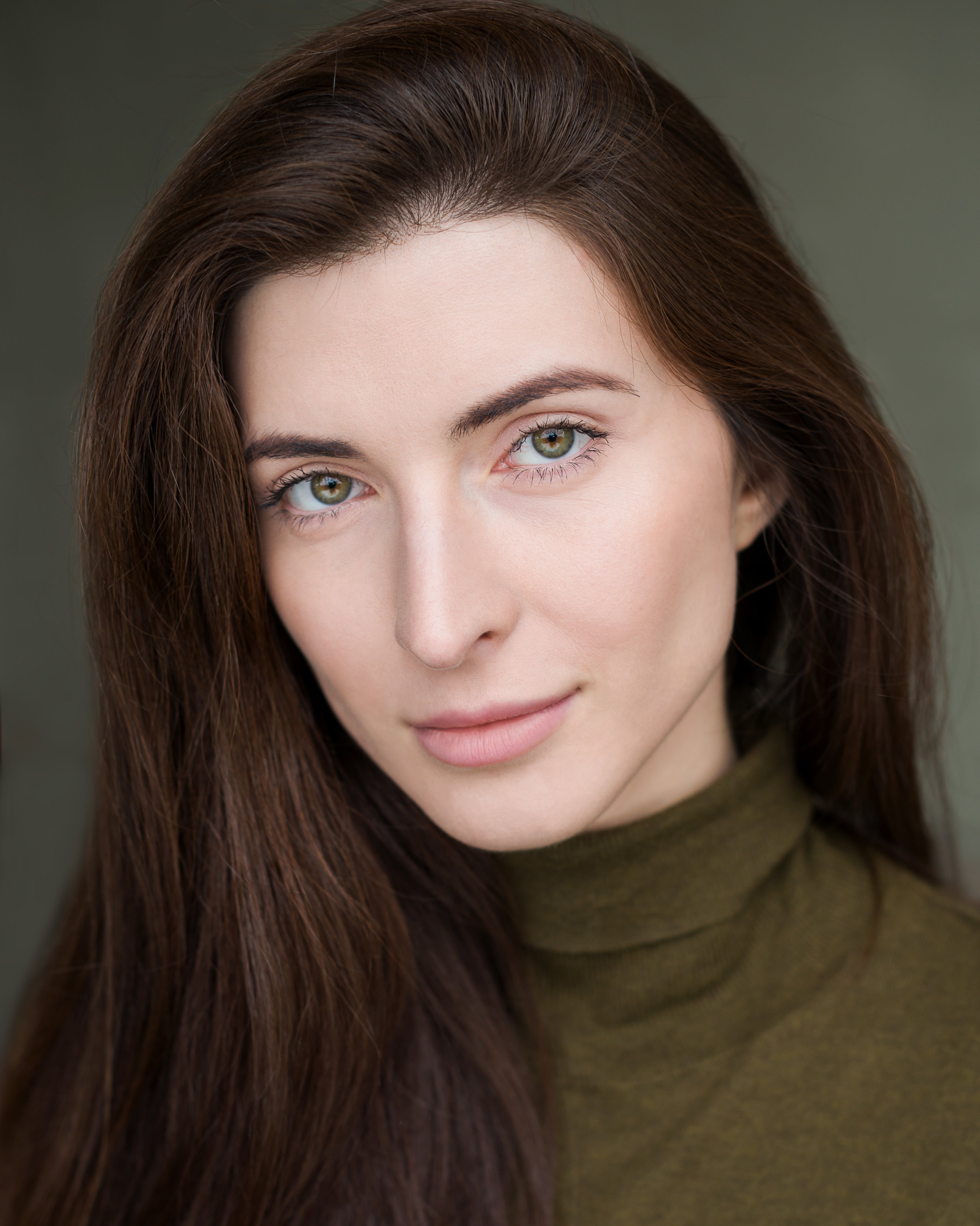 Liza Mircheva- 'Professional, kind, understanding, talented. I'm so happy I found Kate and I'm absolutely in love with my headshots.'