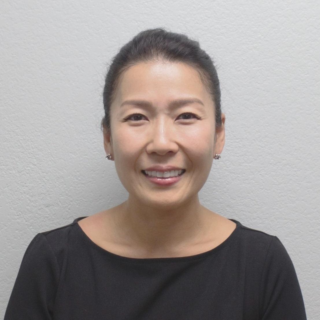 조세핀 김 교수, Ph.D., LMHC, NCC   김교수는 현재 하버드 교육대학원에서 Prevention Science and Practice 교수진이며 하버드 치대에서 Diversity and Inclusion의 이사로 활동하고 있다. 연구와 실습과 컨설팅을 통해 이민자 부모들과 미국에서 태어난 자녀들 사이의 문화적 차이를 극복하고 이어주는 일에 그녀의 삶을 집중하고 있다. 2007년 Virginia Tech 총기사건 이후 미국에 거주하는 한인들에게 미치는 정신 건강 문제들과 한인 가정들 안에 있는 문화적, 세대적 갈등들을 알리기 위해 Mustard Seed Generation을 설립하게 되었다. 그녀는 MSG를 통해 미국에서 거주하는 한인들의 전인적인 성장을 향상시키기 원한다.