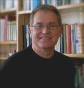 Chris Nichols   Chris Nichols는 대학교 사역을 캘리포니아에서 24년을 하고 뉴잉글랜드에서 14년을 했으며 총 38년을 했다. 그는 세속적인 환경에 놓인 사람들에 초점을 맞추어 복음을 들을 기회가 없었던 사람들에게 복음을 전해 하나님의 나라를 확장하는 일에 전념해왔다. 그는 특히 인종과 민족의 분열을 넘어 하나님과 사람들 사이에 화해의 다리를 놓는 데에 헌신하고 있다. 2018년에 캠퍼스 사역을 마치고 그는 Gordon Conwell 신학교에서 공부하고 있으며 Institute for the Study of the Black Christian Experience 프로그램에 석사 과정을 마쳤다. 그의 연구 분야는 밀레니얼 세대 흑인 남성과 교회에 초점을 맞추고 있다.