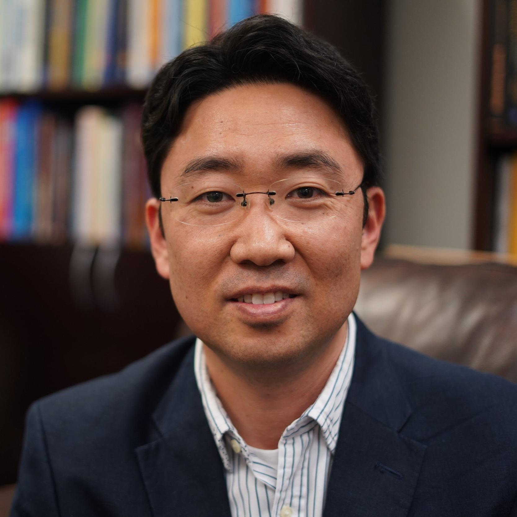 이종천 교수 (Dr. Jong Cheon Lee)  조교수 — LaTourneau University