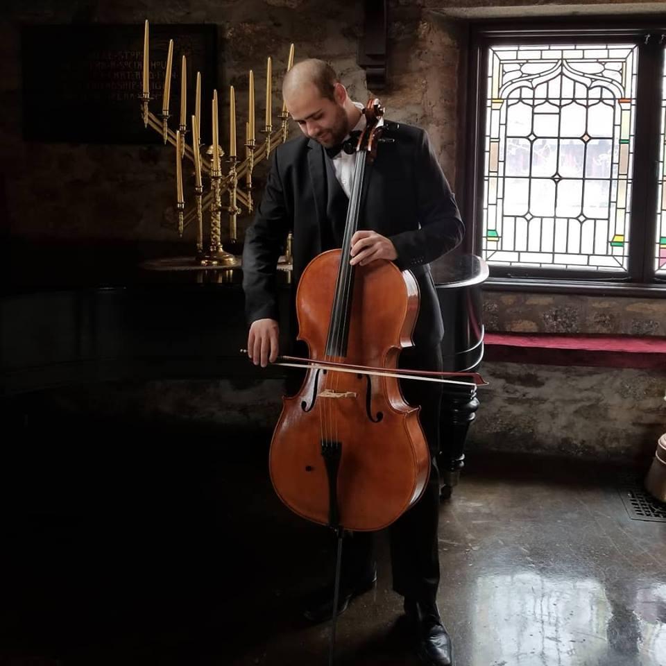castle cello photo.jpg