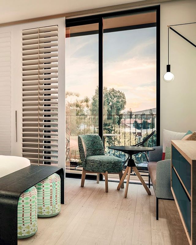 Rise and shine, Hotel SLO! If you ever find yourself on the Central Coast, make sure to stay at this modern urban retreat @thehotelslo  Design by @gensler_design  Image by @tenovermedia . . . . #hotelslo #visitslo #centralcoast #slochamber #california #roadtrip #3dimage #archviz #renderbox #preopening #hotelmarketing #marketingcampaign #hotel #newopening