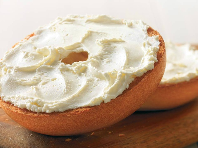 Einstein-Bros-bagel-with-cream-cheese_120604.jpg
