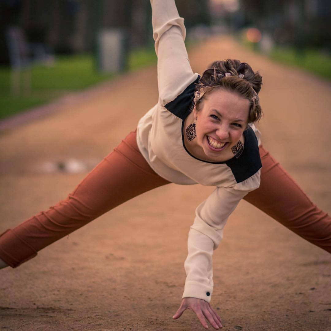 Mikaela Hellsten - We're very excited to welcome Mikaela Hellsten to Sail City Jump 2019!Mikaela grew up in Sweden with a love for music and dancing. As a child she had a preference for Jazz and Rock'n Roll music with favourite artists such as Ella Fitzgerald and Bill Haley. She discovered the Lindy Hop at the age of 13 and since then her interest in Swing dancing and its music has kept on growing!Mikaela has taught and performed all over the world, she has a fun and playful style that she would love to share with you!