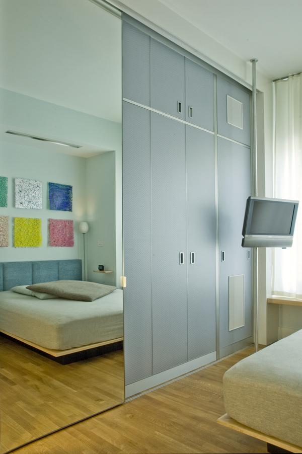 GUEST BEDROOM CLOSED.jpg
