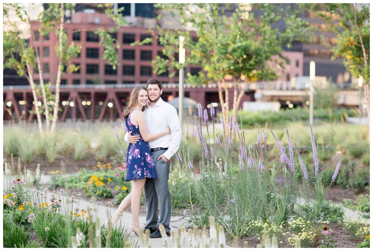 Destination-Kinzie-St.Bridge-Chicago-Engagement-Photos_5658.jpg