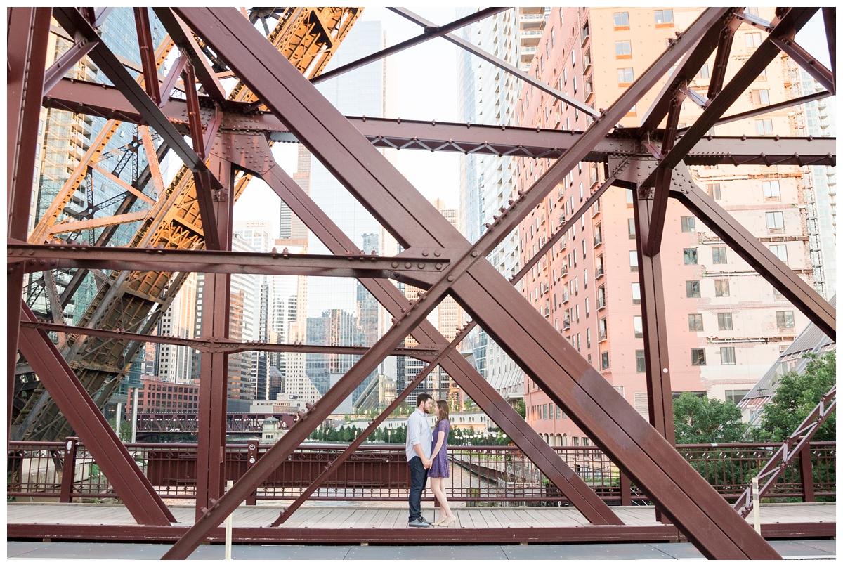 Destination-Kinzie-St.Bridge-Chicago-Engagement-Photos_5671.jpg