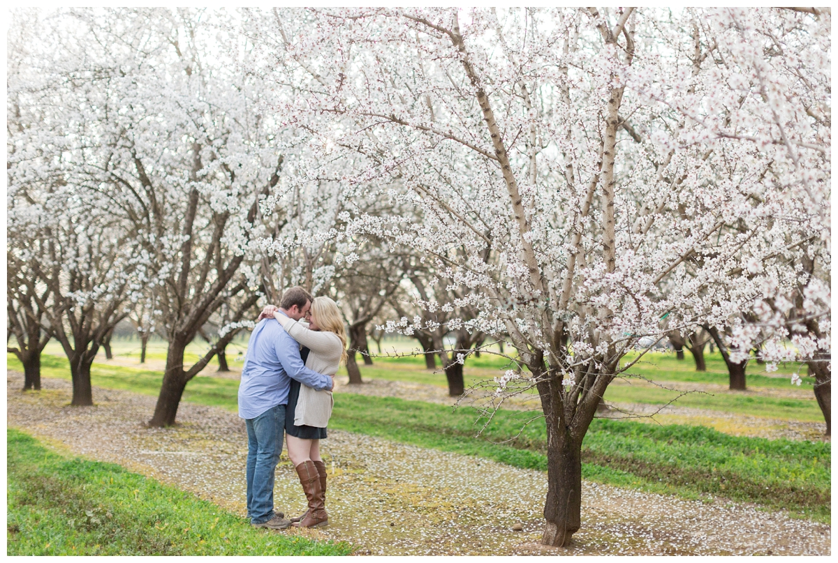 Chico-Almond-Blossom-Engagement-Photo-Session_4159.jpg