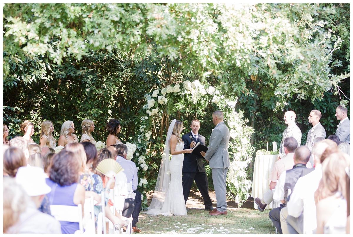 Gale-Vineyards-Wedding-Photographer_1897.jpg