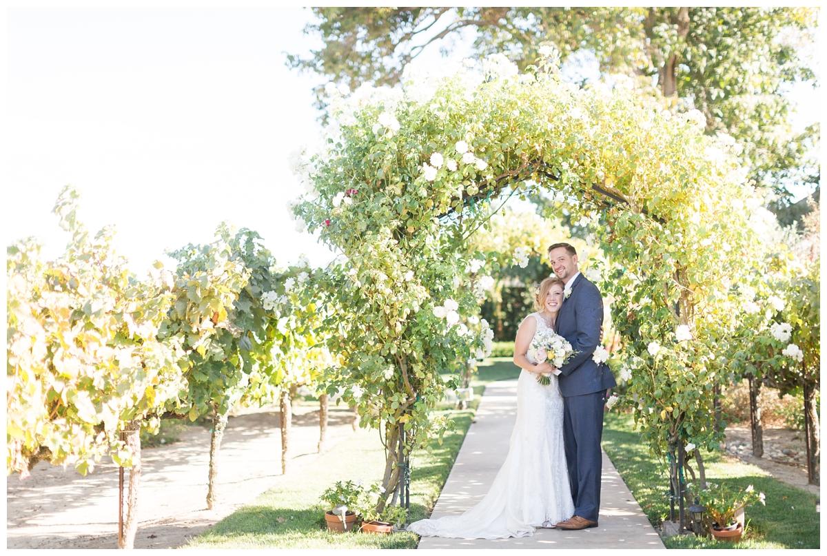 Scribner-Bend-Vineyards-Wedding-Photos-Sacramento-Wedding-Photographer-_2478.jpg
