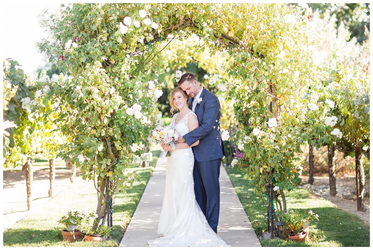 Scribner-Bend-Vineyards-Wedding-Photos-Sacramento-Wedding-Photographer-_2475.jpg