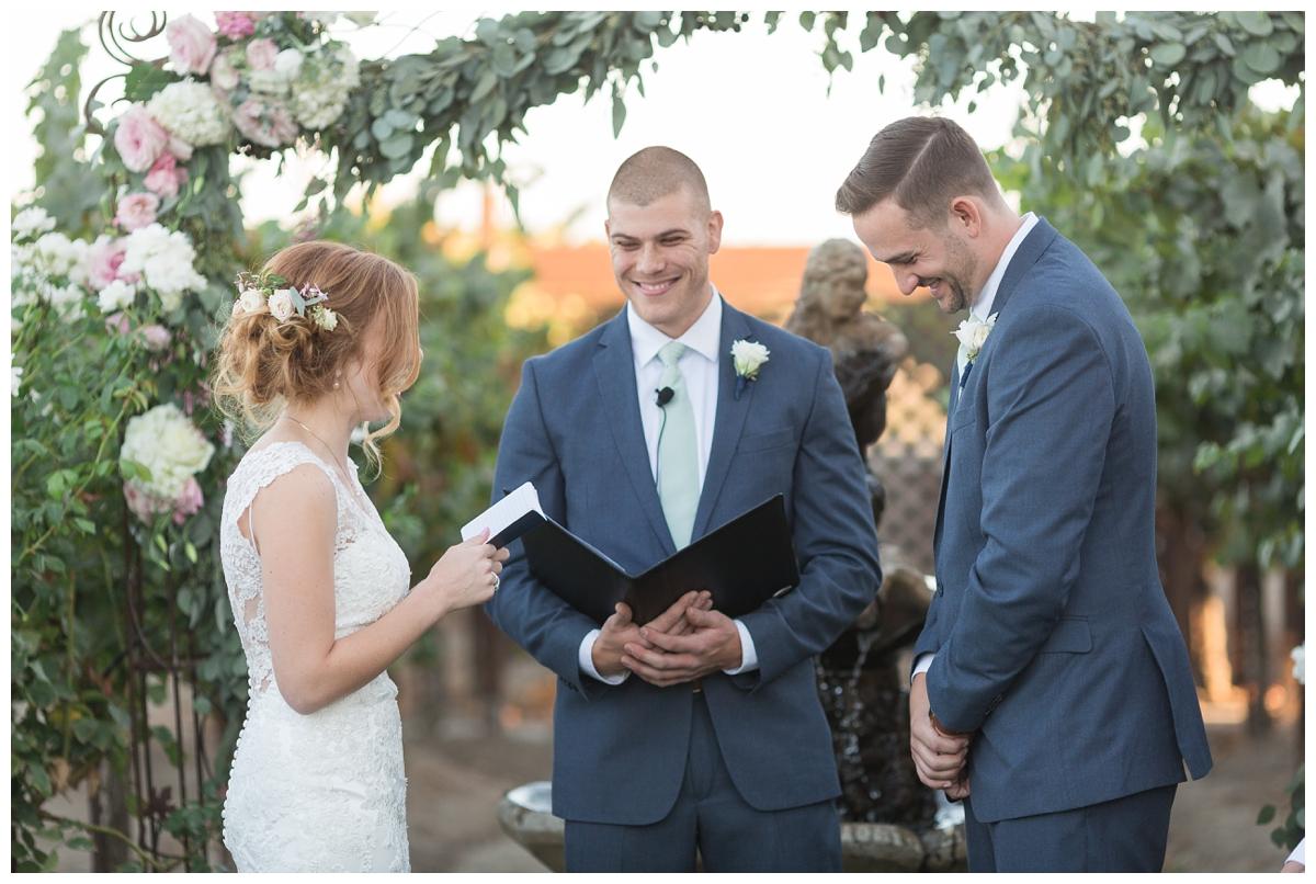Scribner-Bend-Vineyards-Wedding-Photos-Sacramento-Wedding-Photographer-_2526.jpg