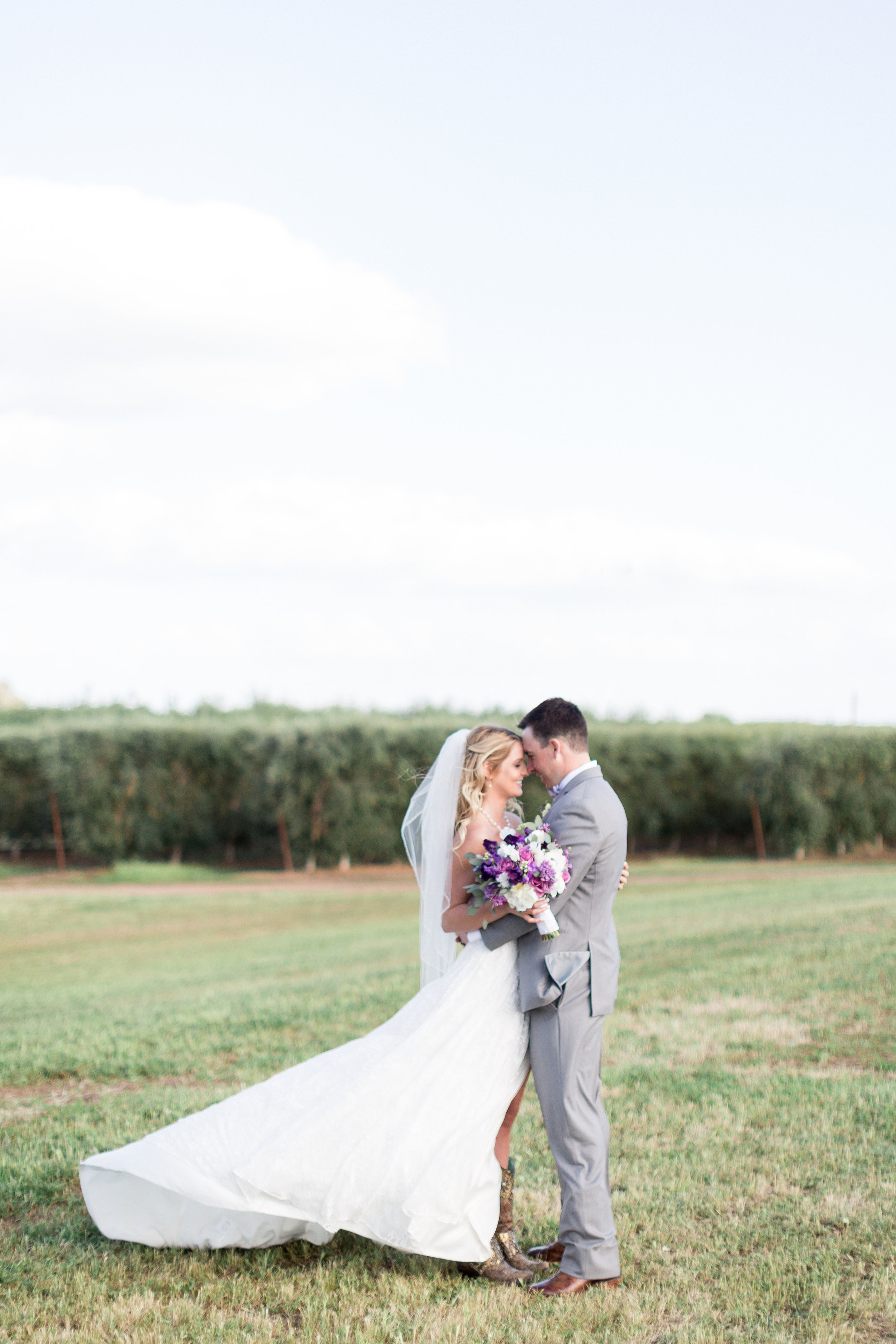Red-Rock-Lake-Orland-Chico-Wedding-Photos-197.jpg