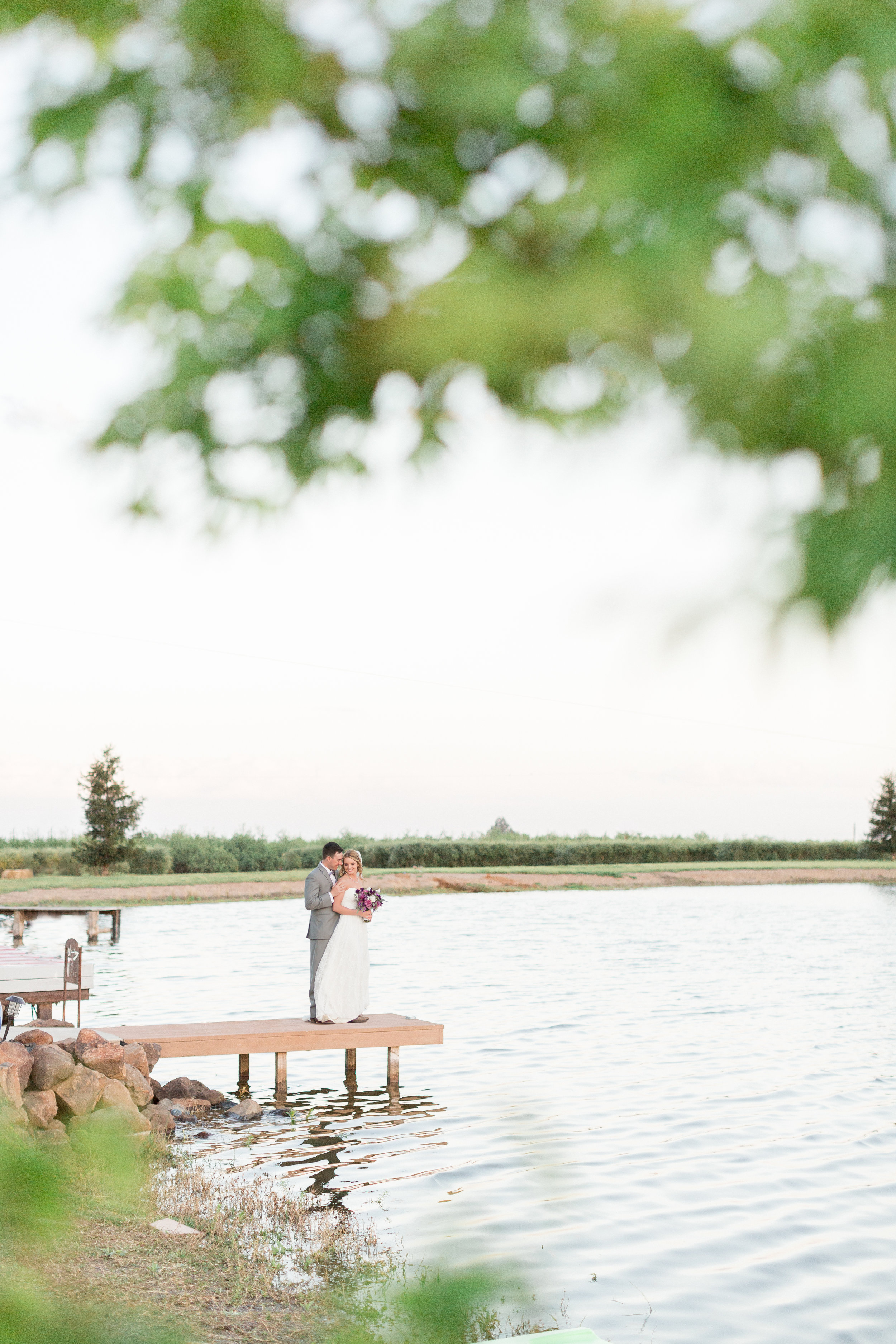 red-rock-lake-wedding-venue-orland-photography-tannerbridget-1.jpg