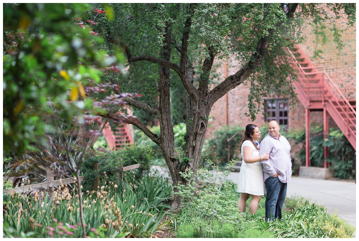 Chico-State-Campus-Engagement-Photography-Session_0238.jpg
