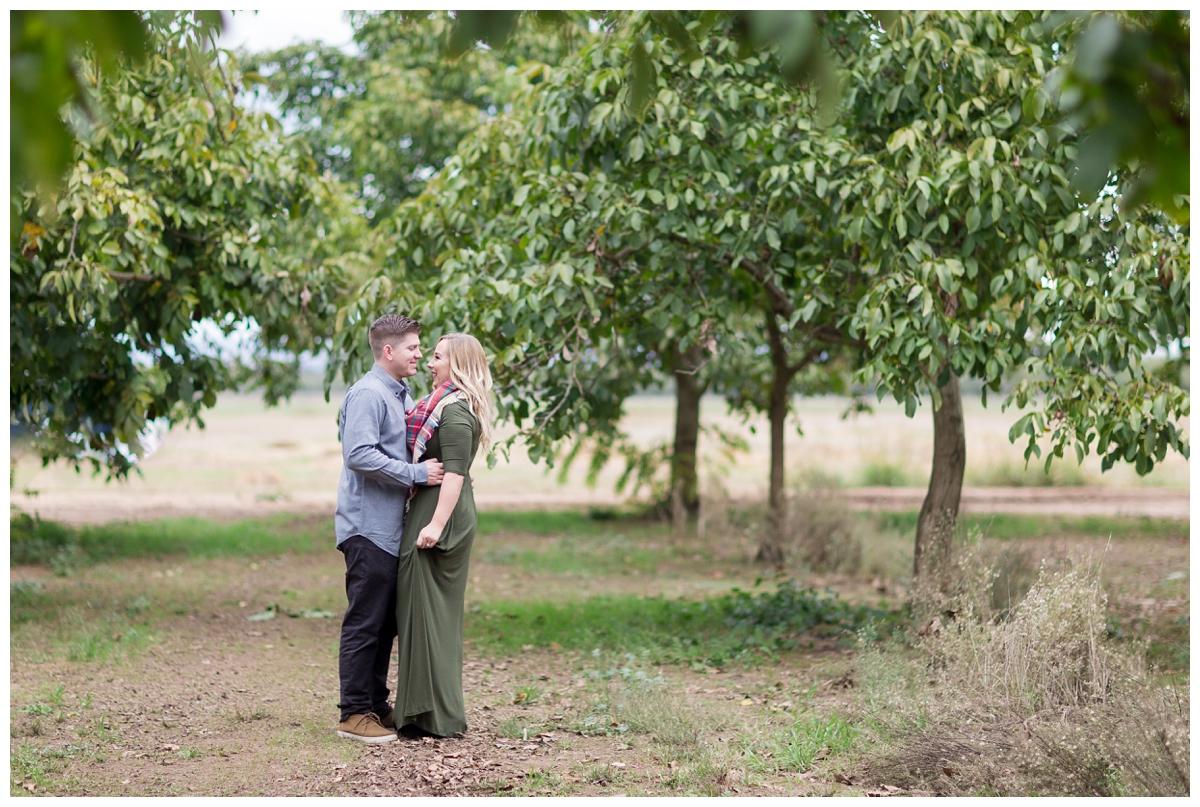 Bishops-Pumpkin-Patch-Engagement-Photos_3127.jpg