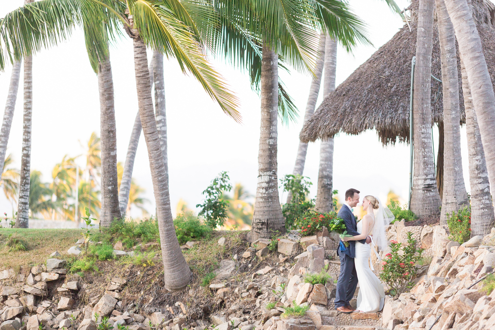 Destination-Wedding_photographer-Isla-De-Navidad-1.jpg