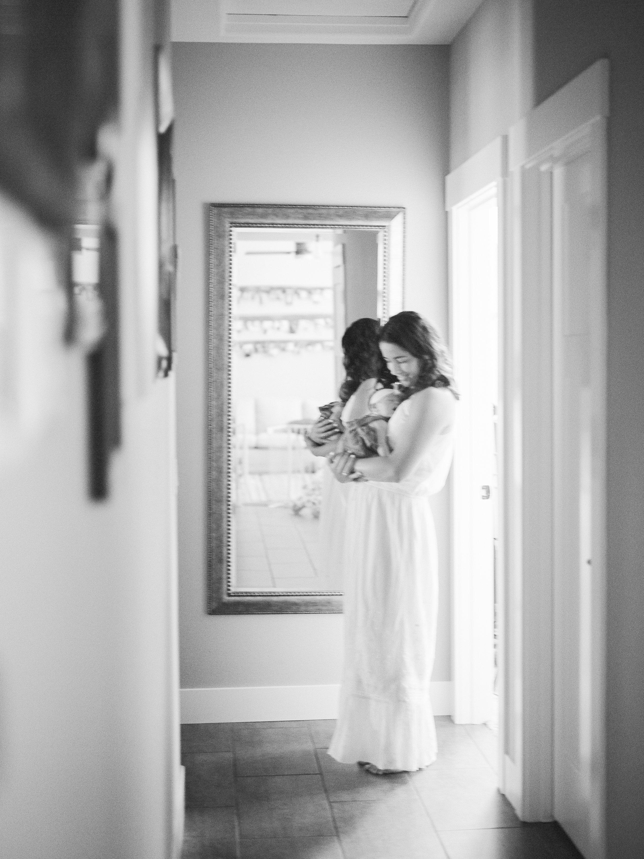 mother-daughter-newborn-photos (48 of).jpg