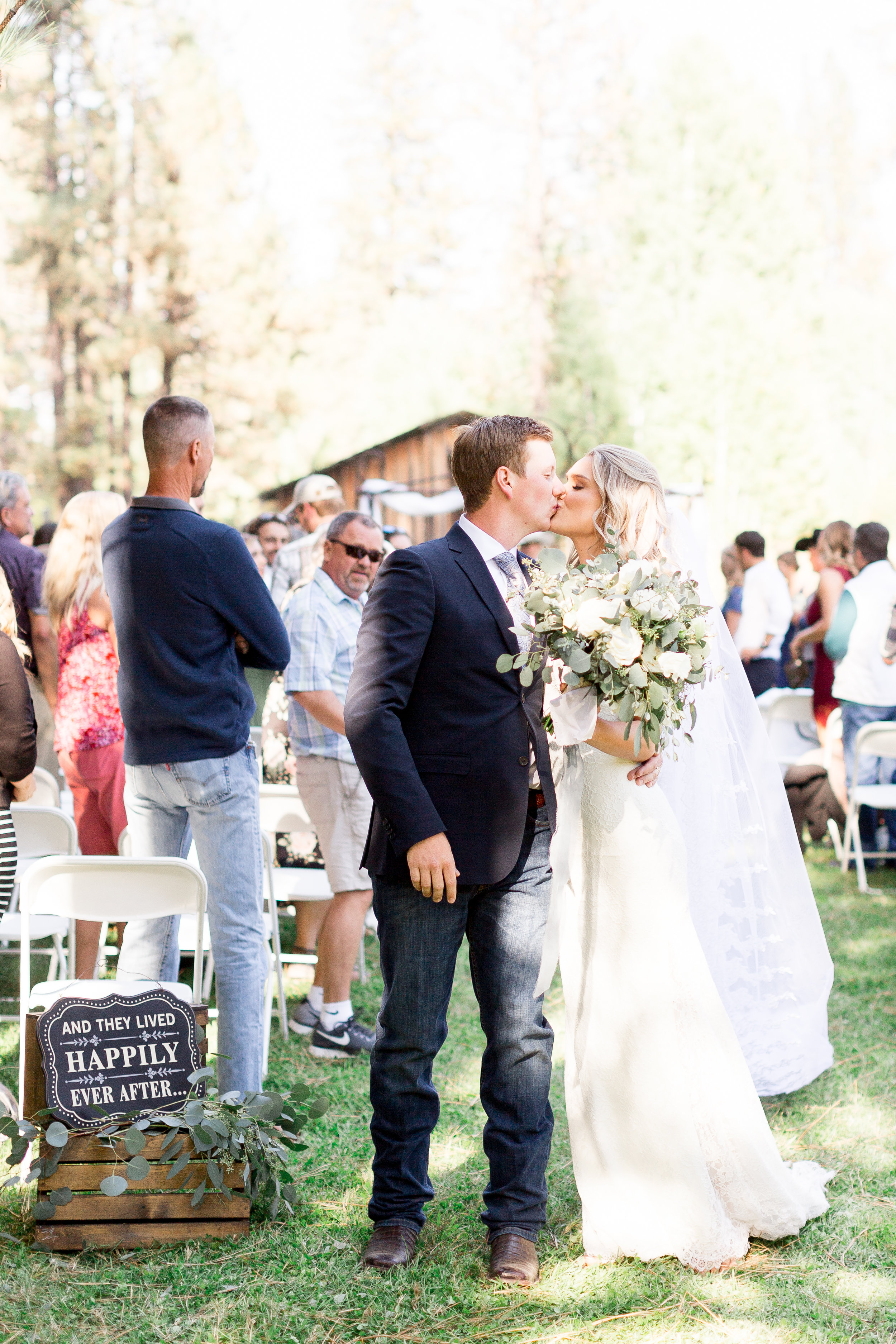 McCloud-California-Wedding-Photos (151 of 303).jpg