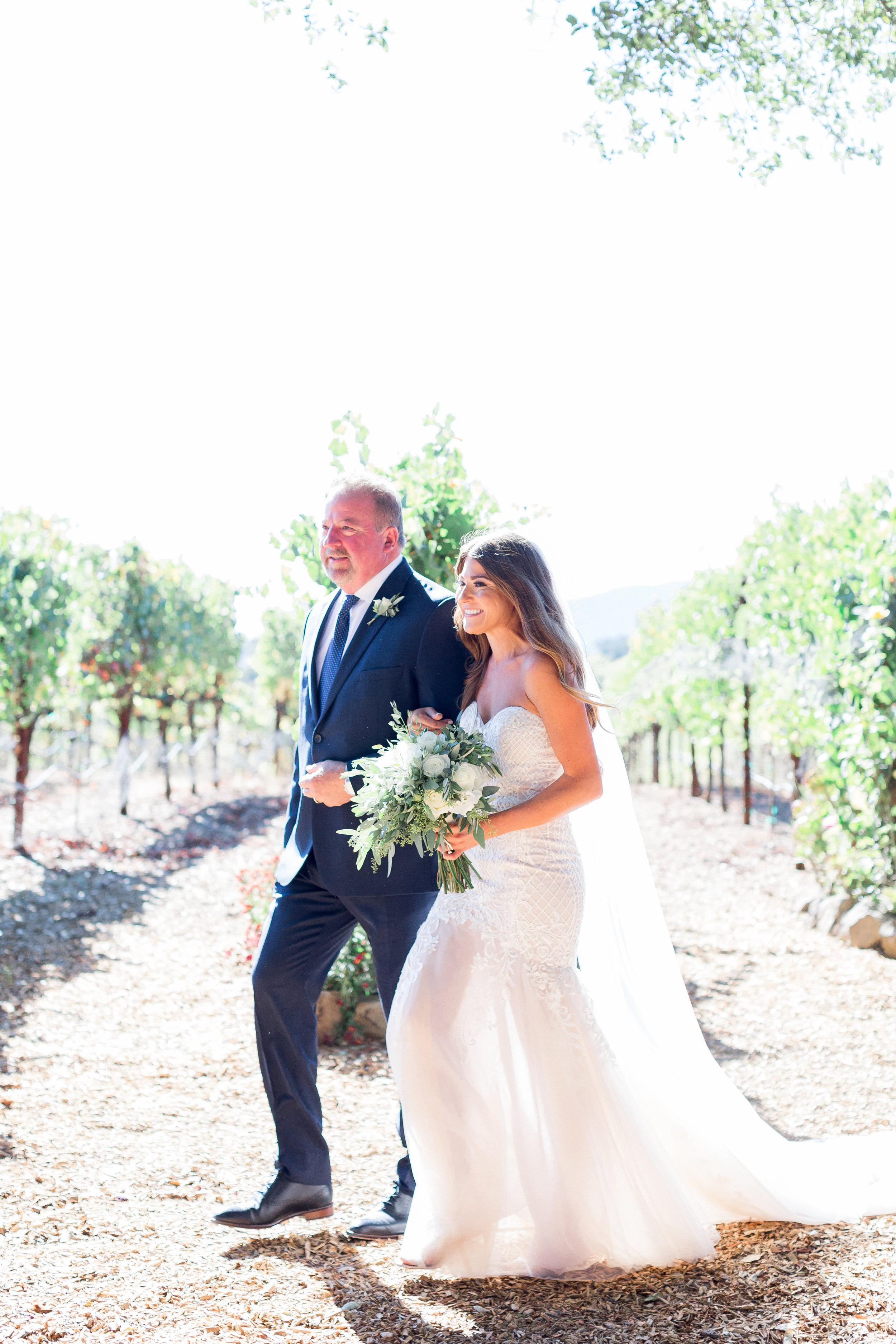 Napa-wedding-photographer-captures-destination-wedding0in-vineyards138 of 262).jpg